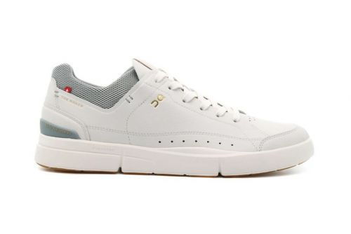 """On's The Roger Centre Court Returns in Crisp """"Ice"""" Colorway"""