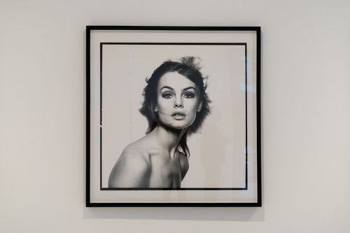 Gagosian London Exhibits the Iconic Fashion Photography of David Bailey