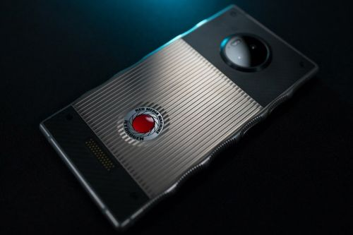 RED Will Link up With Lucid on an 8K 3D Camera for the Hydrogen One Smartphone