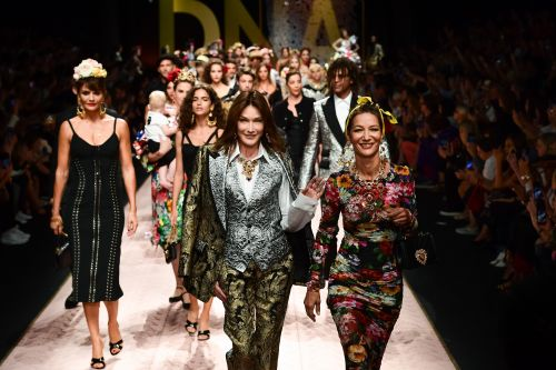 Dolce & Gabbana's fleet of models take runway by storm
