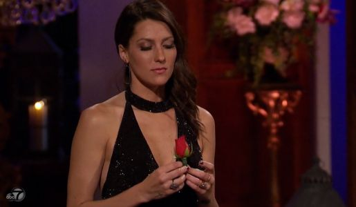 'Bachelorette' Fans Caught an Awkward Continuity Error in Last Night's Rose Ceremony - Did You See It?