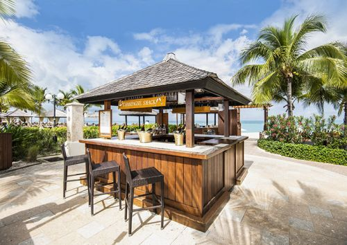 The Perfect Getaway to Turks & Caicos and What to Pack