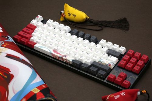 "Varmilo Readies for the Lunar New Year With ""Beijing Opera"" Keyboard"