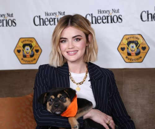 Lucy Hale Imagines What Aria's Storyline Would Be on the 'Pretty Little Liars' Spinoff