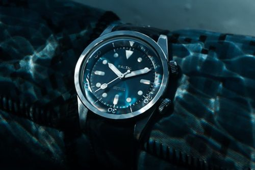Baltic Releases Dual-Crown Compressor Version of Its AQUASCAPHE Watch