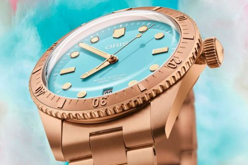 """Oris Indulges Its Sweet Tooth With """"Cotton Candy"""" Divers Sixty-Five Watch"""