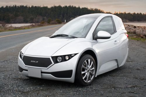 This $15,500 USD Electric Three-Wheeler Is Tesla's Latest Competitor
