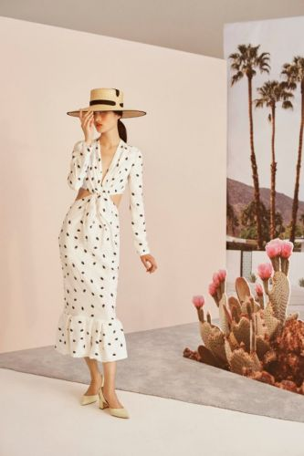 The Perfect Look for Sun-Drenched Vacations