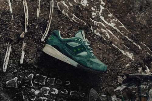 """Feature Links up with Saucony for """"Living Fossil"""" Shadow 6000"""