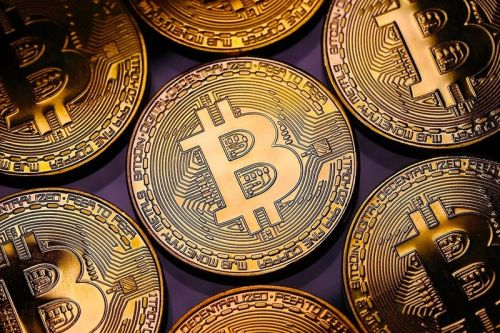 Crypto Firm Says Hundreds of U.S. Banks Will Offer Bitcoin Trading Later This Year