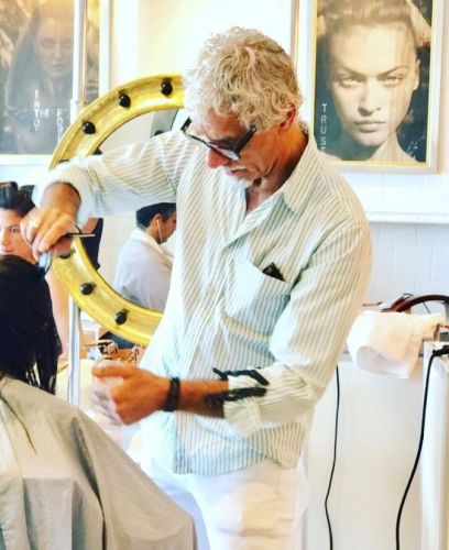 CELEBRITY HAIRSTYLIST RIC PIPINO IS SEEKING INTERNS THAT ARE INTERESTED IN THE BEAUTY INDUSTRY