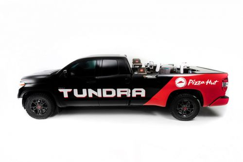 Toyota and Pizza Hutt Develop a Pizza-Making Tundra Pickup Truck