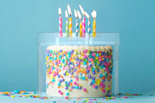 Top It Shields Cakes From Germs Spread From Blowing Out Candles