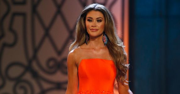 Who Is Caelynn Miller-Keyes? Miss North Carolina Is A 'Bachelor' Front-Runner