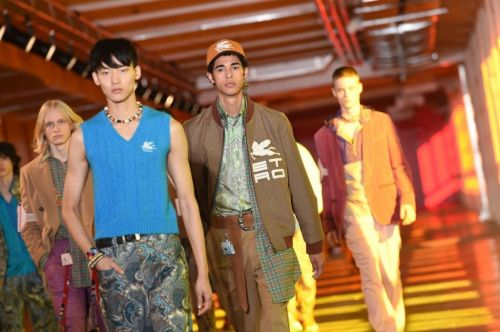 Watch the Etro Runway Show Live