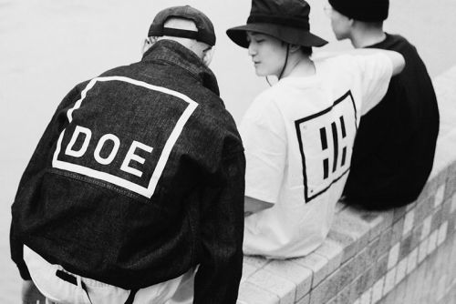 DOE Unveils Graphic-Filled SS21 Collection