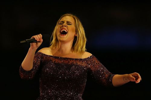 Adele warns fans: this is when to 'expect my album'