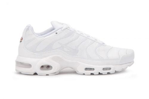 """Nike Gives the Air Max Plus a Clean """"Triple White"""" Makeover"""