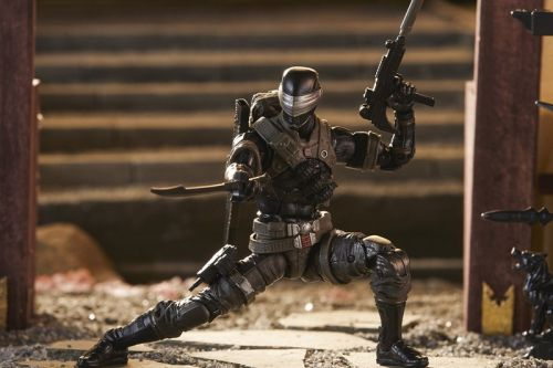 """Your First Look at Hasbro's """"G.I. Joe Classified"""" Snake Eyes Figure"""