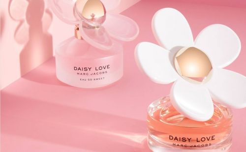 Coty and Marc Jacobs renew perfume license deal