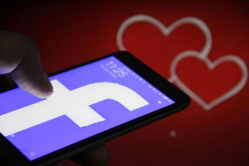 Facebook Develops New Speed-Dating App Called Sparked