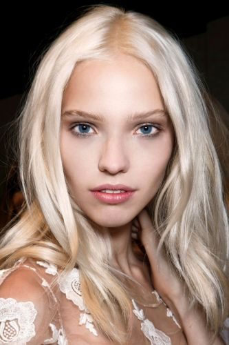 From Balayage to Bleach & Tone, Here's How to Get The Blond You Asked For at The Salon