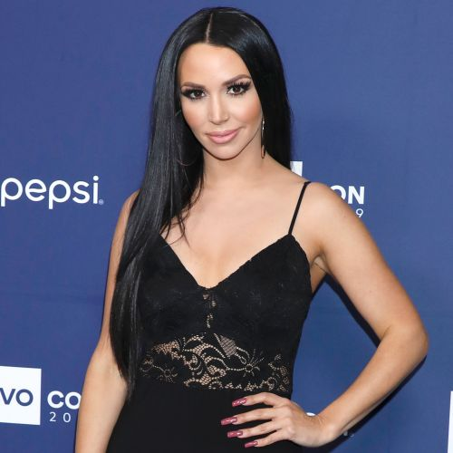 'Vanderpump Rules' Star Scheana Shay Flaunts Her Growing Baby Bump in Nude Selfie: '26 Weeks'