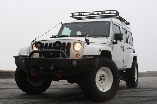 True North Makes Its Custom Build Debut With a Snowy Jeep Wrangler