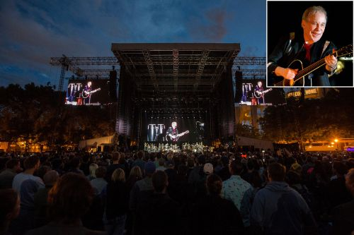 Paul Simon ends 'farewell tour' where it all began - Queens