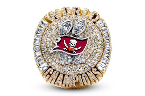 Take A Closer Look at Tom Brady's Tampa Bay Buccaneers Super Bowl LV Ring