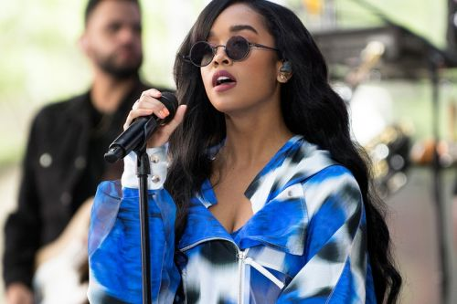 H.E.R. Brings Self-Curated 'Lights On' R&B Music Festival to Brooklyn
