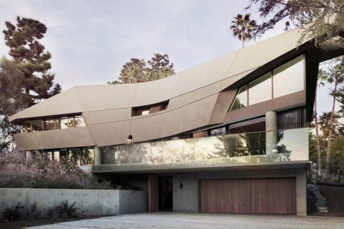 Tighe Architecture's Hollywood Hills House Brings Modernity to the Hillside