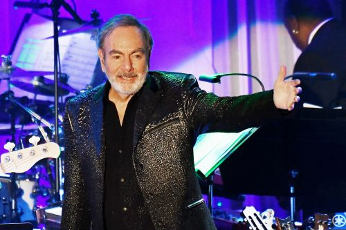 Neil Diamond 'visibly moved' by Broadway bio musical