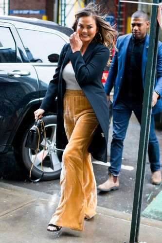 Chrissy Teigen's Wide-Leg, Velvet Palazzos Are the Chic Answer to Sweatpants