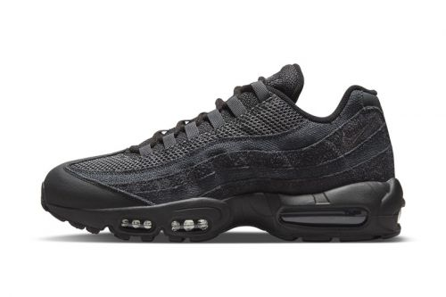 """Nike Air Max 95 """"Smoke"""" Is All About Desaturated Hues and Divergent Textures"""