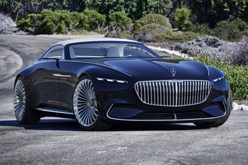Spy Shots Reveal That Michael Keaton's Bruce Wayne Will Drive the Vision Mercedes-Maybach 6 Concept in 'The Flash'
