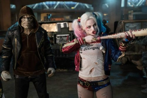 Here's How to Recreate Harley Quinn's Iconic 'Suicide Squad' Outfit For Halloween