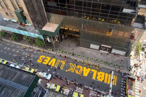 New York City Mayor Helps Paint Black Lives Matter Mural in Front of Trump Tower