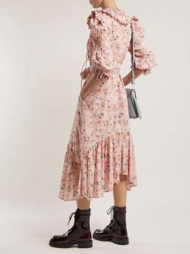 A Definitive Guide to Styling Fall's Prairie Dress Trend
