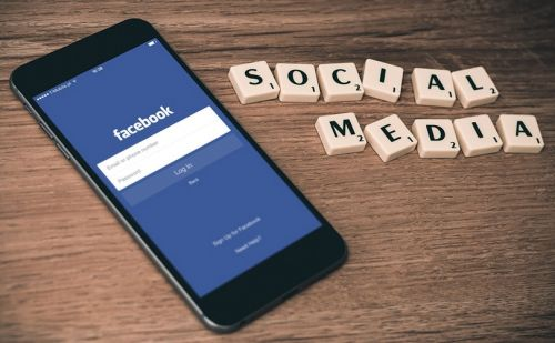 Consumers suspicious about in-app social media shopping