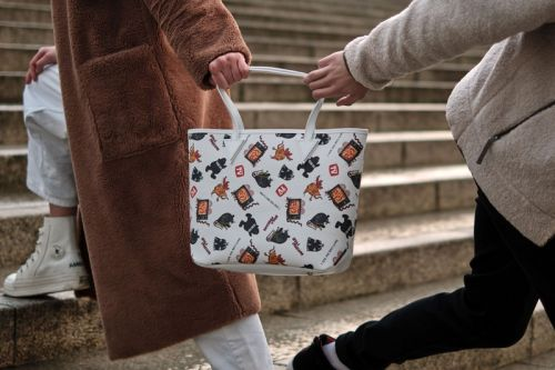 Poggy, Peter Paquin and Anonyme-Paris Unveil Rat-Adorned Accessory Collection