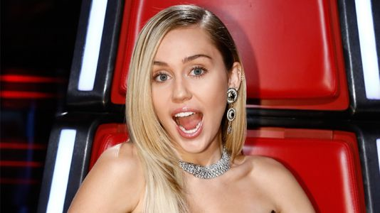 Miley Cyrus Sparks Pregnancy Rumors After Sporting What Seems to Be a Baby Bump