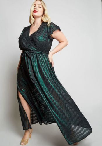 Your Everything Guide to Plus-Size Party Dresses