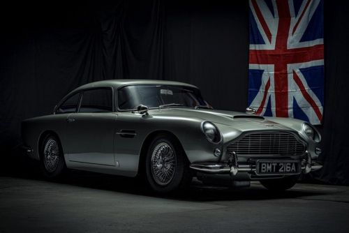 This Aston Martin DB5 Isn't Real - It's a 1:1-Scale 'James Bond' Spec Replica