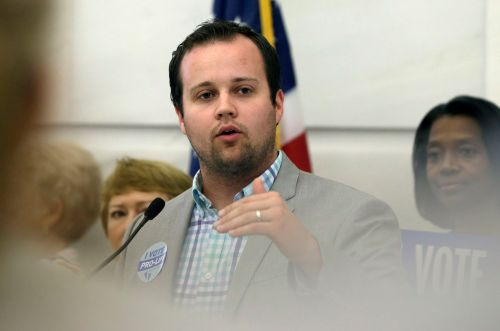 Josh Duggar Released From Jail on Bond 1 Week After Arrest on Child Porn Charges