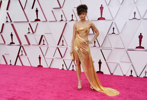 Great Outfits in Fashion History: Andra Day in Custom Vera Wang at the 2021 Oscars