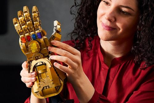 LEGO Channels Thanos for Marvel Heroes Infinity Gauntlet