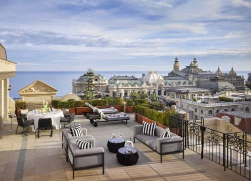 Hotel Metropole Offers Your 2020 a Second Chance