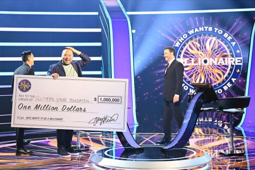 David Chang is first big celeb winner on 'Who Wants to Be a Millionaire'