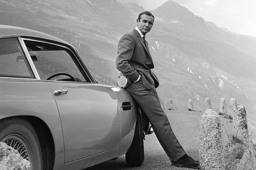 'James Bond' Actor Sean Connery Dies at Age 90